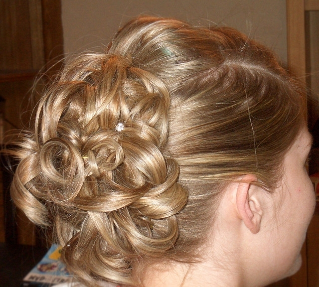 Inspiring Bridal Hairstyle For Thin Hairs – Hairzstyle Inside Most Recently Bridesmaid Updo Hairstyles For Thin Hair (View 10 of 15)