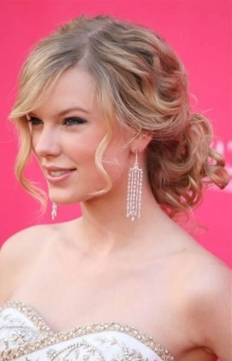 Most Graceful Updo Hairstyles Loose Curls Intended For Most Up To Date Loose Updos For Curly Hair (View 10 of 15)