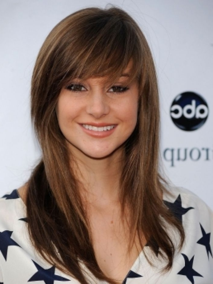 Side Bangs With Layers | Updo With Side Bangs Shailene Woodley With Regard To Current Updo Hairstyles For Long Hair With Bangs And Layers (View 14 of 15)