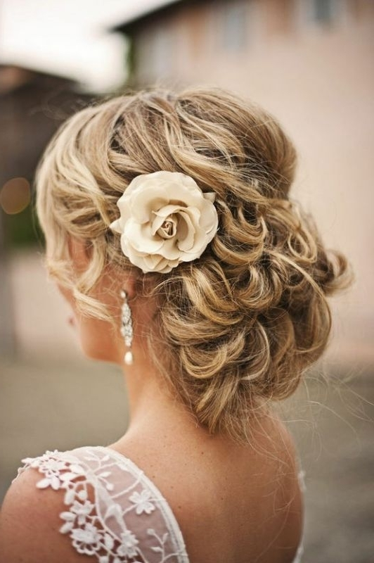 Featured Photo of Wedding Updos For Thick Hair