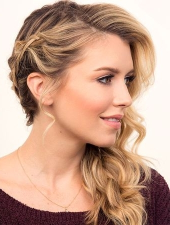 Featured Photo of Side Updo Hairstyles