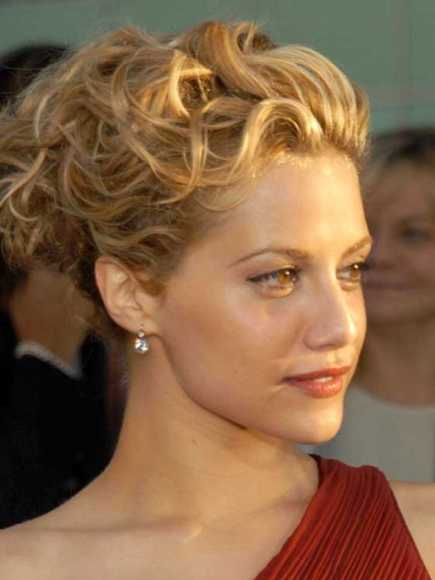 Updo Hairstyles With Short Hair   Behairstyles Inside Newest Updo Hairstyles For Short Curly Hair (View 12 of 15)