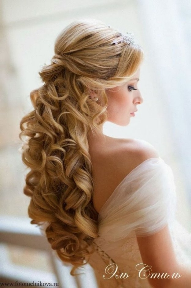 Wedding Hairstyles For Long Curly Hair Updos Styles 50Th | Best Pertaining To Latest Wedding Updos For Thick Hair (View 12 of 15)
