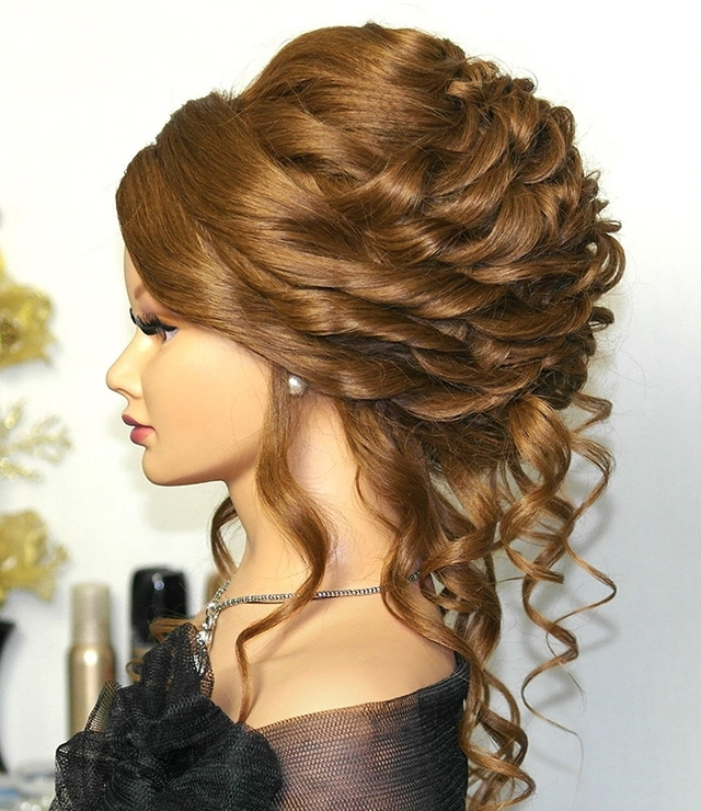 Wedding Updos For Long Hair Pictures – Simple Wedding Updos For Long Intended For Most Popular Wedding Updos For Long Hair (View 9 of 15)