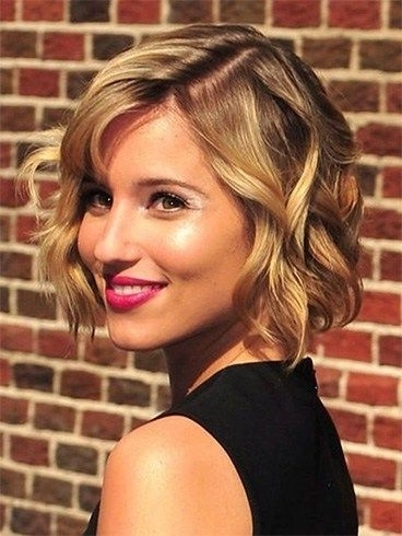 10 Amazing Bridesmaid Hairstyles For Short Hair – Rock The Look With For Wedding Hairstyles For Short Hair Bridesmaid (View 9 of 15)