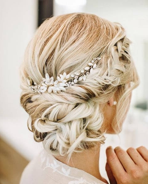 10 Chic & Romantic Wedding Hairstyles We're Loving • Mrs2Be In Romantic Wedding Hairstyles (View 12 of 15)