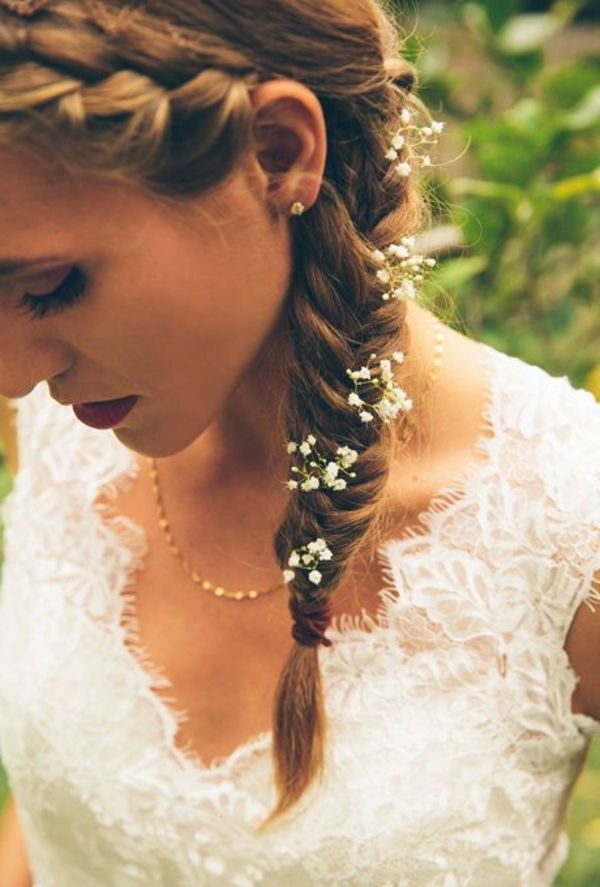10 Irresistible Bridal Hairstyles For Long Locks | Side Fishtail For Wedding Hairstyles For Young Brides (View 3 of 15)