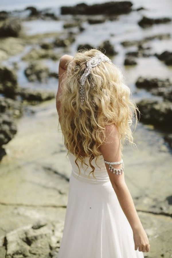 12 Wedding Hairstyles For Curly Hair | Mywedding Pertaining To Beach Wedding Hairstyles For Long Curly Hair (View 5 of 15)