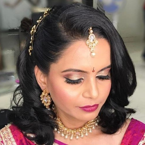 13 Amazing Maharashtrian Bridal Hairstyles To Get Inspired Throughout Maharashtrian Wedding Hairstyles For Long Hair (View 3 of 15)