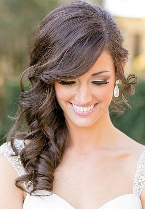 15 Beautiful Bridal Hairstyles From Pinterest | Side Sweep Hair Pertaining To Wedding Hairstyles To The Side With Curls (View 5 of 15)