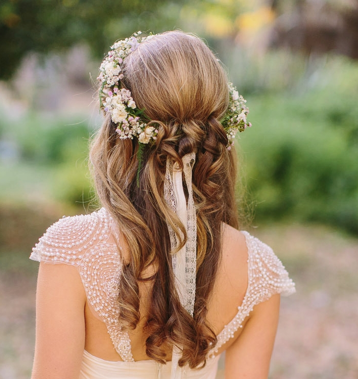 15 Classy Bridal Hairstyles You Should Try – Pretty Designs Pertaining To Wedding Hairstyles For Long Hair With Flowers (View 14 of 15)