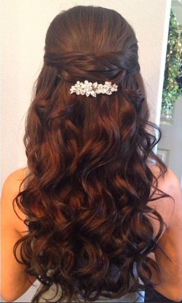 15 Latest Half Up Half Down Wedding Hairstyles For Trendy Brides Inside Curls Up Half Down Wedding Hairstyles (View 12 of 15)