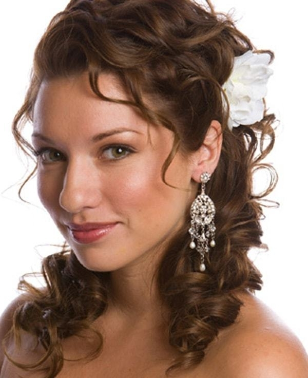15 Mesmeric Wedding Guest Hairstyles For Women Throughout Wedding Guest Hairstyles For Long Curly Hair (View 9 of 15)