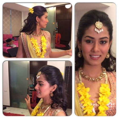 17 Best Wedding Hairstyles For Short Hair: Ideas For Indian Brides Within Wedding Hairstyles For Indian Bridesmaids (View 8 of 15)