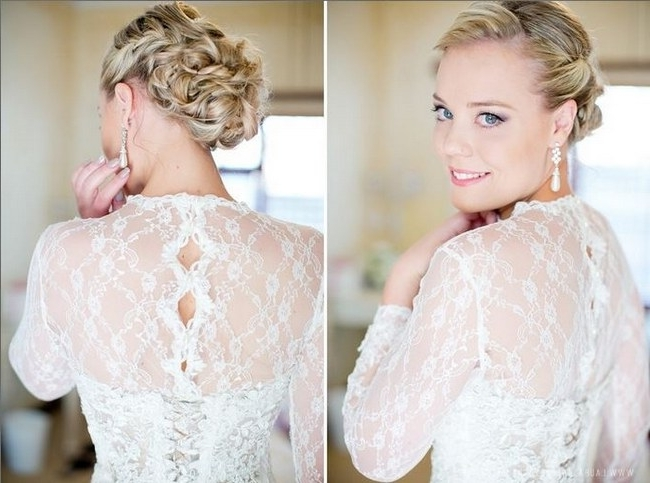 17 Jaw Dropping Wedding Updos & Bridal Hairstyles Intended For Wedding Updos For Long Hair With Veil (View 10 of 15)