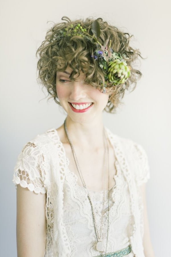 171 Best Cheveux Fleuris | Flowers In Her Hair Images On Pinterest Throughout Bohemian Wedding Hairstyles For Short Hair (View 7 of 15)