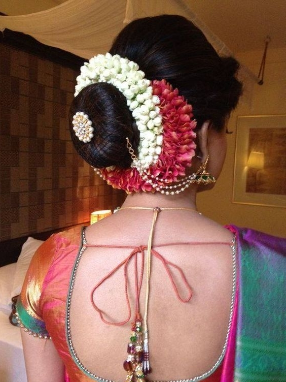 18 Indian Wedding Hairstyles With Jasmine Flowers | Bling Sparkle In South Indian Wedding Hairstyles (View 2 of 15)