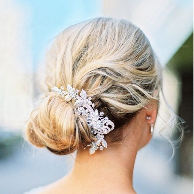 18 Wedding Ready Buns, Knots And Chignon Updos For Every Type Of Pertaining To Chignon Wedding Hairstyles (View 2 of 15)