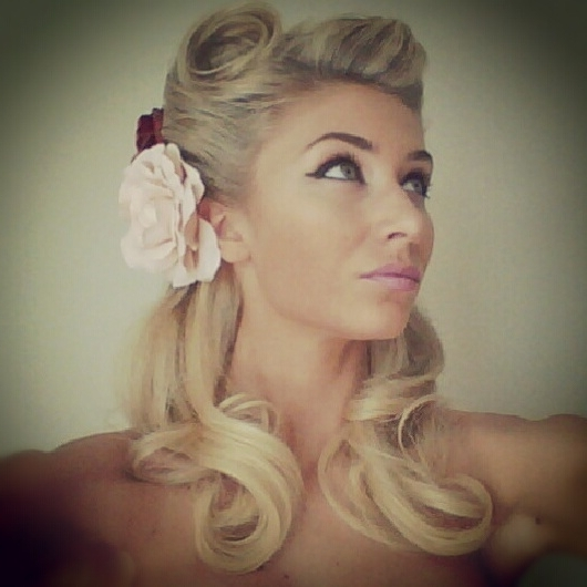 19 Best Vintage Ideas Images On Pinterest | Nice Hairstyles, Vintage Throughout Pin Up Wedding Hairstyles (View 2 of 15)