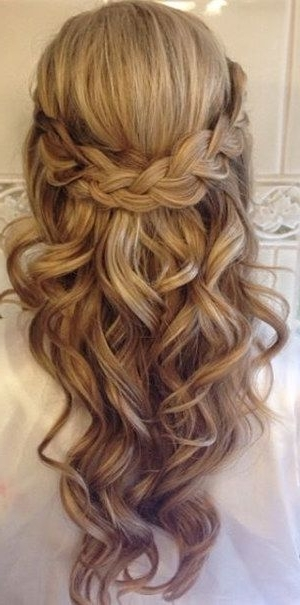 20 Amazing Half Up Half Down Wedding Hairstyle Ideas | Pinterest With Half Up Half Down With Braid Wedding Hairstyles (View 6 of 15)