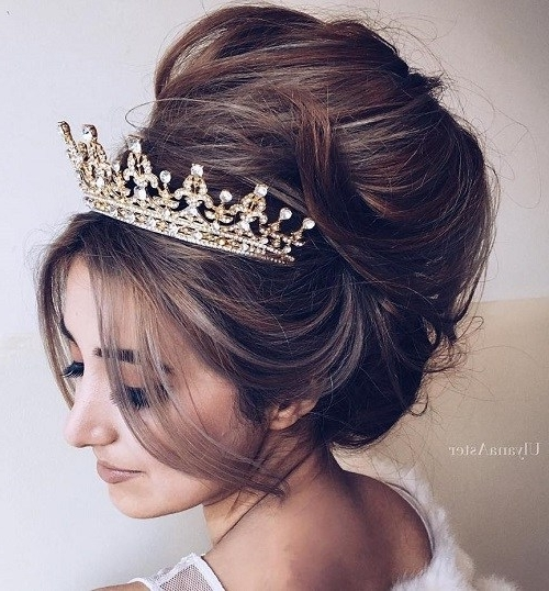 20 Gorgeous Wedding Hairstyles For Long Hair – Page 18 – Foliver Blog With Wedding Updos For Long Hair With Tiara (View 3 of 15)