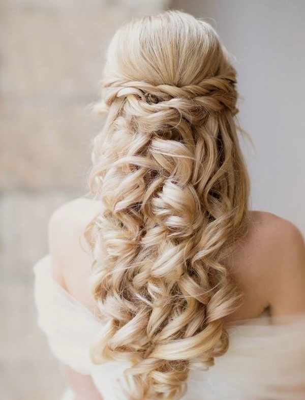 20 Most Elegant And Beautiful Wedding Hairstyles With Regard To Elegant Wedding Hairstyles For Long Hair (View 2 of 15)