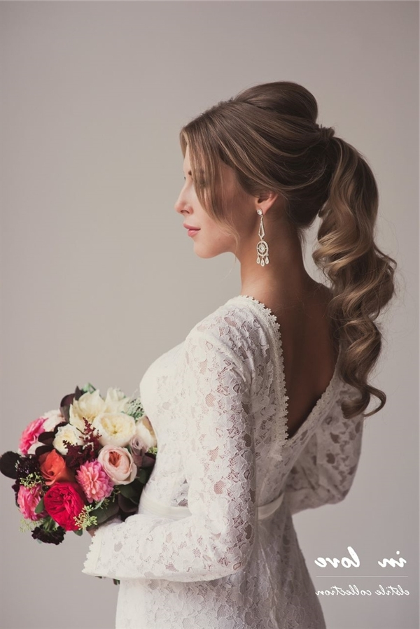 21 Inspirational Vintage Retro Wedding Hairstyles   Deer Pearl Flowers For Retro Wedding Hairstyles (View 12 of 15)