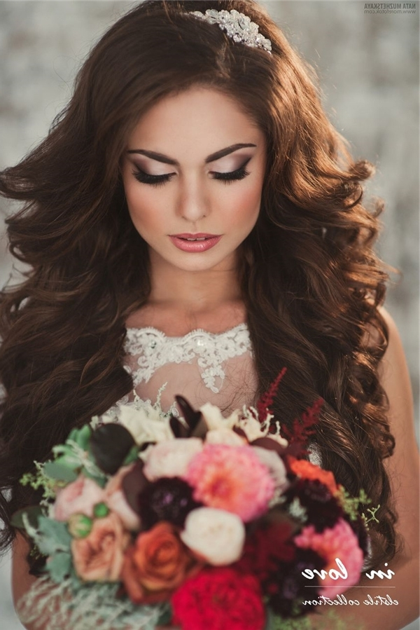 21 Inspirational Vintage Retro Wedding Hairstyles | Deer Pearl Flowers Inside Retro Wedding Hairstyles For Long Hair (View 13 of 15)