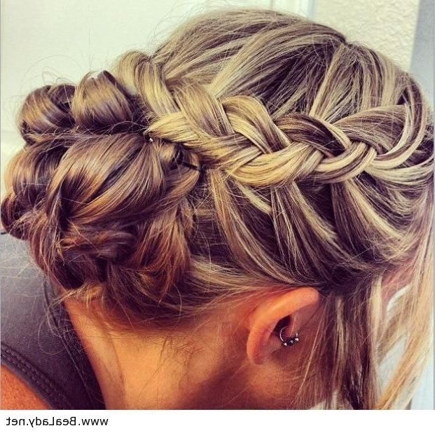 221 Best Possible Bridesmaid Hairdos Images On Pinterest | Cute Throughout Wedding Hairstyles With Braids For Bridesmaids (View 5 of 15)
