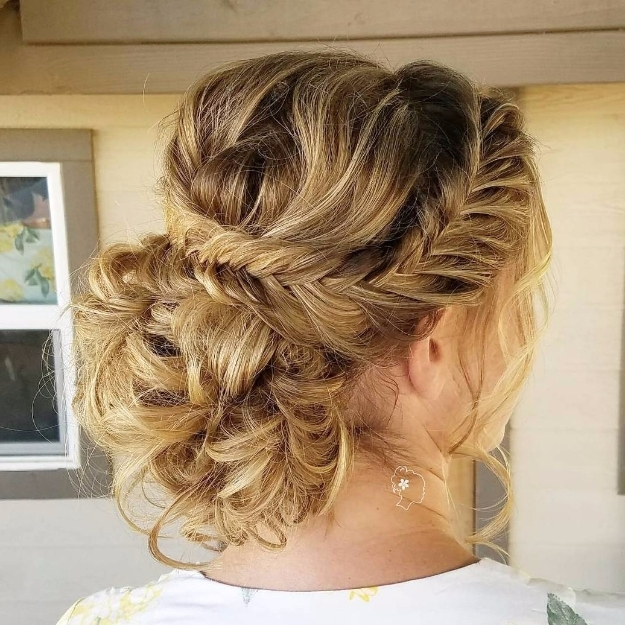 24 Beautiful Bridesmaid Hairstyles For Any Wedding – The Goddess Throughout Wedding Hairstyles For Short Brown Hair (View 15 of 15)