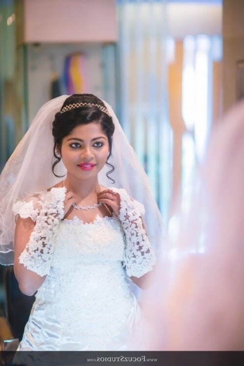 24 Best Christian Bridal Hairstyles To Get Inspired – Updated For 2017 Throughout Wedding Hairstyles For Kerala Christian Brides (View 13 of 15)