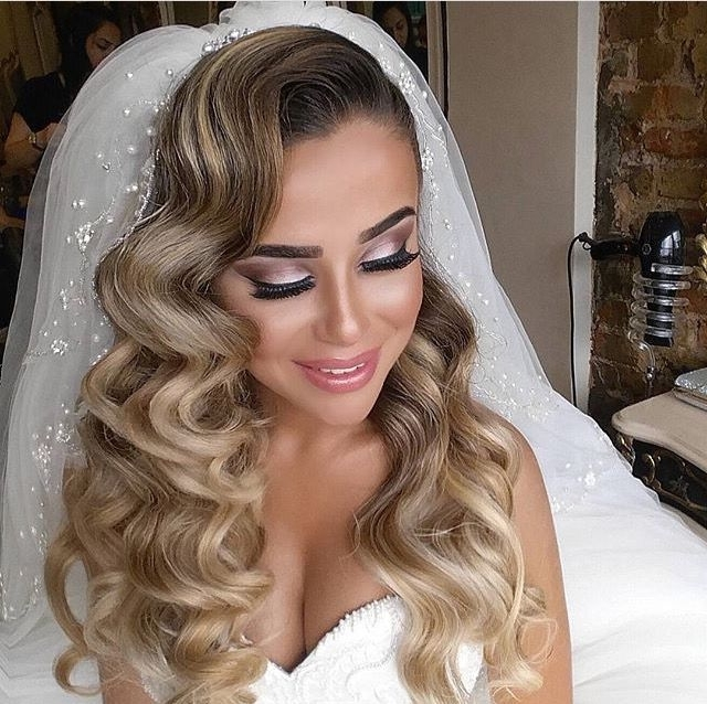 247 Best Vintage & Old Hollywood Hairstyles Images On Pinterest Pertaining To Vintage Wave Wedding Hairstyles (View 4 of 15)