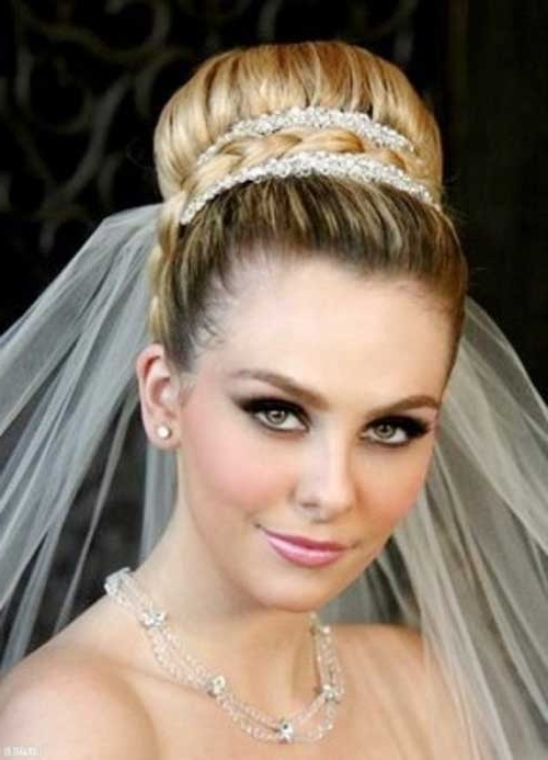 25 Best Wedding Hair Accessories | Hairstyles & Haircuts 2016 – 2017 Intended For Wedding Updos For Long Hair With Veil (View 13 of 15)
