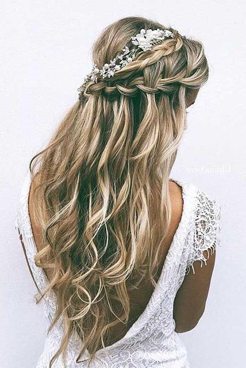 25 Elegant Half Updo Wedding Hairstyles | Pinterest | Half Updo With Regard To Wedding Hairstyles For Long Hair Half Up And Half Down (View 2 of 15)