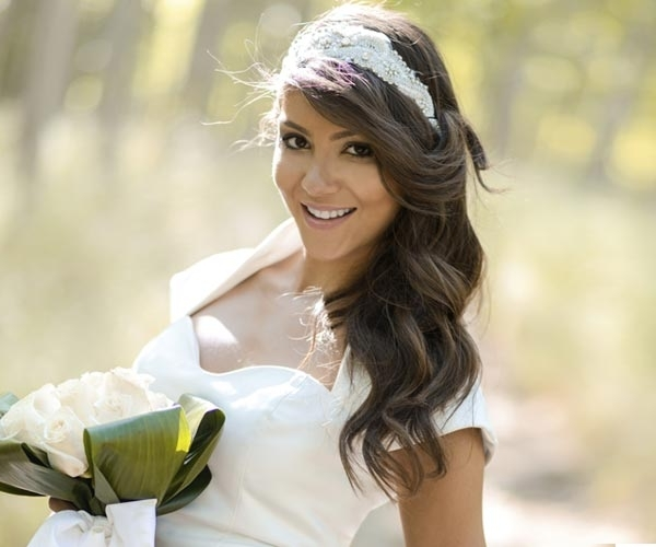 25 Most Coolest Wedding Hairstyles With Headband – Haircuts With Wedding Hairstyles Down With Headband (View 5 of 15)