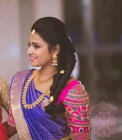 26 Best Hairstyles With Saree In 2017: New Ideas You Will Love! For Wedding Hairstyles For Sarees (View 4 of 15)