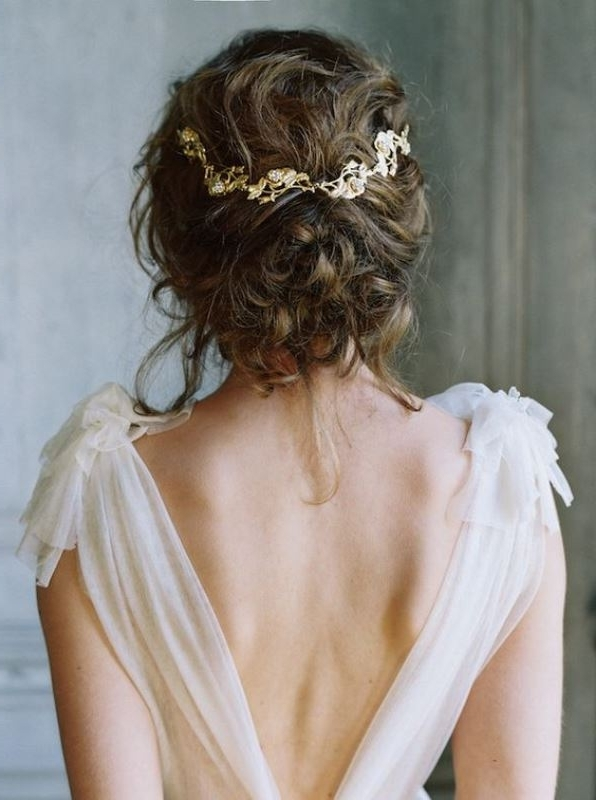 26 Chic Messy Chignon Wedding Hairstyles – Weddingomania Inside Chignon Wedding Hairstyles (View 3 of 15)
