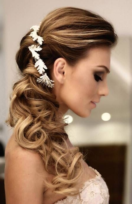 27 Best Cabelos Para Casamento Images On Pinterest | Bridal Within Wedding Hairstyles Without Veil (View 2 of 15)
