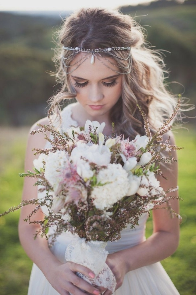 30 Amazing Wedding Hairstyles With Headpiece | Deer Pearl Flowers Pertaining To Wedding Hairstyles With Headpiece (View 2 of 15)