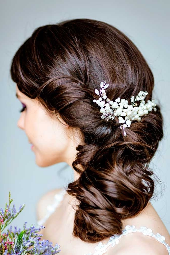 30 Captivating Wedding Hairstyles For Medium Length Hair Inside Wedding Hairstyles For Long Length Hair (View 10 of 15)