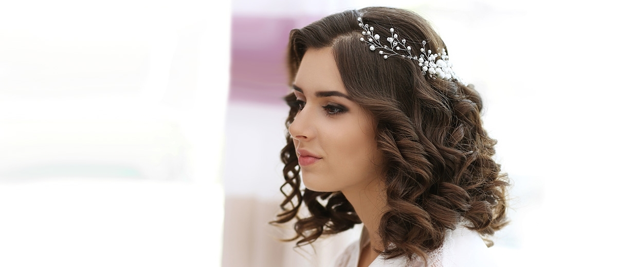 30 Captivating Wedding Hairstyles For Medium Length Hair Regarding Wedding Hairstyles For Medium Hair (View 6 of 15)