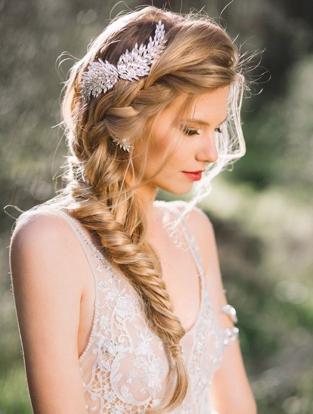 30 Idées Coiffure De Mariage Sur Pinterest | Bridal Hairstyle Throughout Side Braid Wedding Hairstyles (View 3 of 15)