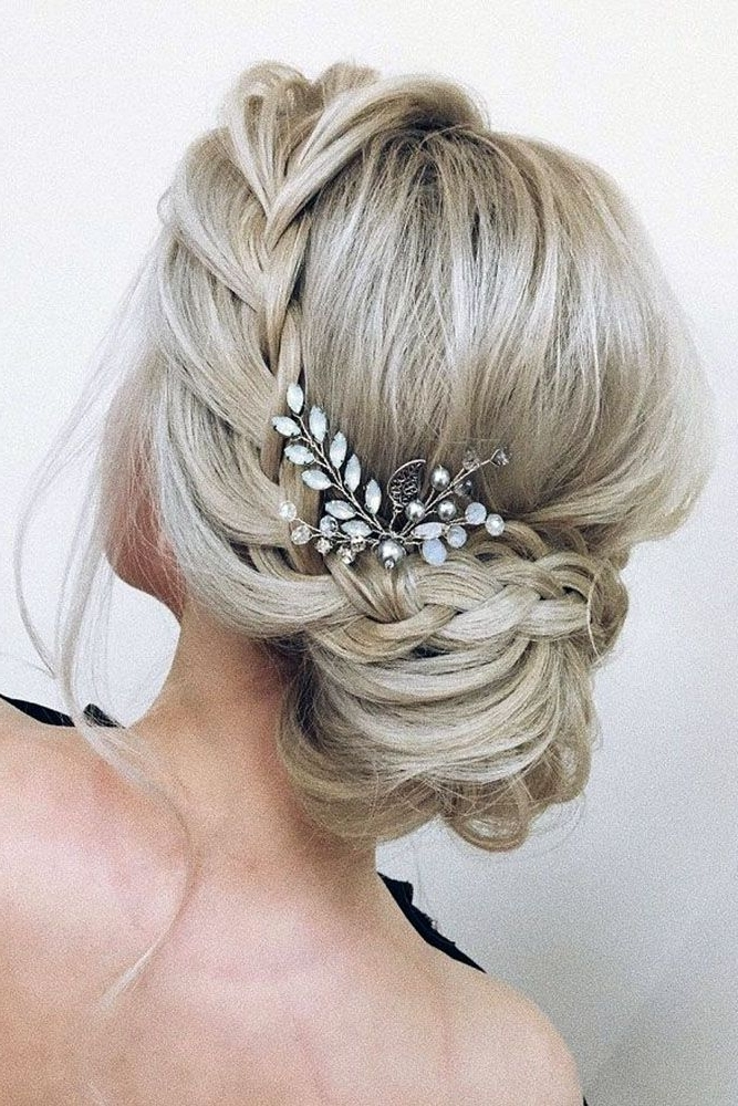 30 Pinterest Wedding Hairstyles For Your Unforgettable Wedding Intended For Wedding Hairstyles (View 6 of 15)