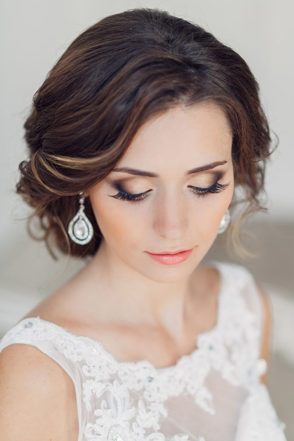 31 Gorgeous Wedding Makeup & Hairstyle Ideas For Every Bride Within Wedding Hairstyles And Makeup (View 6 of 15)