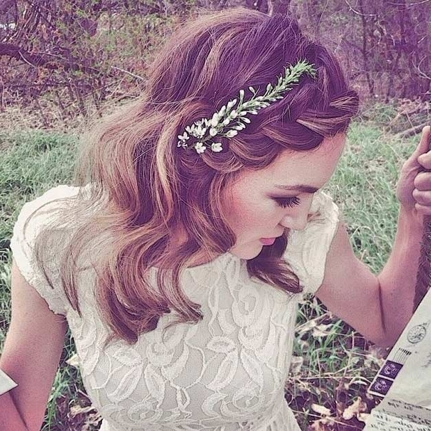31 Wedding Hairstyles For Short To Mid Length Hair | Stayglam With Regard To Elegant Wedding Hairstyles For Shoulder Length Hair (View 10 of 15)