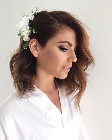 31 Wedding Hairstyles For Short To Mid Length Hair | Stayglam With Regard To Wedding Hairstyles For Medium Length Hair With Flowers (View 2 of 15)