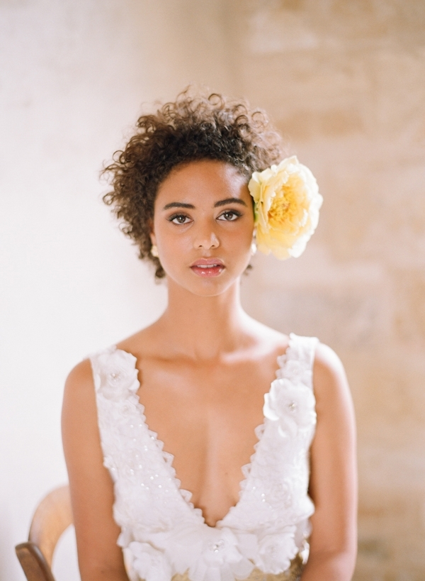 33 Modern Curly Hairstyles That Will Slay On Your Wedding Day | A For Wedding Hairstyles For Short Kinky Hair (View 6 of 15)