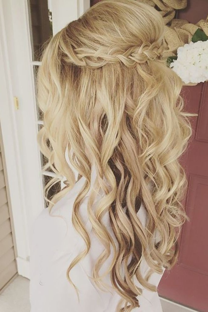33 Oh So Perfect Curly Wedding Hairstyles | Pinterest | Curly Intended For Curls Up Half Down Wedding Hairstyles (View 4 of 15)