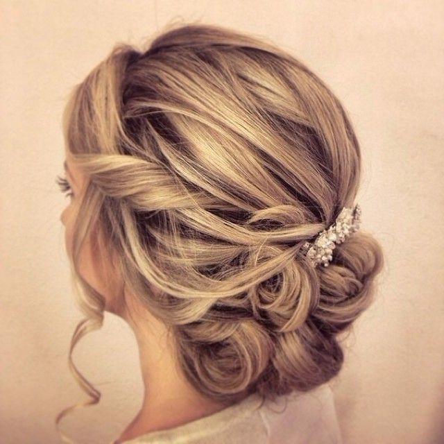 35 Romantic Wedding Updos For Medium Hair – Wedding Hairstyles 2018 Inside Medium Length Updo Wedding Hairstyles (View 15 of 15)