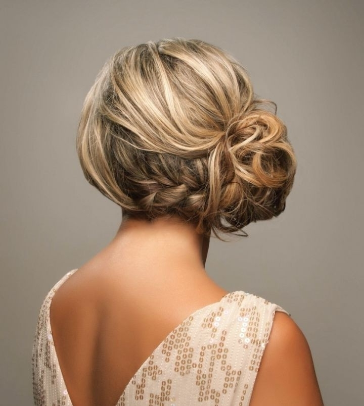 35 Wedding Hairstyles: Discover Next Year's Top Trends For Brides Regarding Upstyles Wedding Haircuts (View 6 of 15)